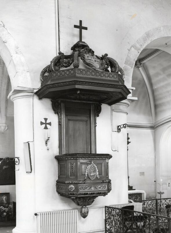 Chaire de l'ancienne église du couvent des Minimes de Rouen (actuelle église des Bénédictines)